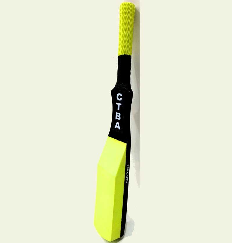 fielding bat